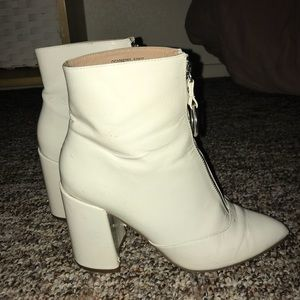Boohoo white patent zip up booties size 6